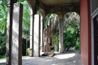 Sculpture at the house of Burle Marx