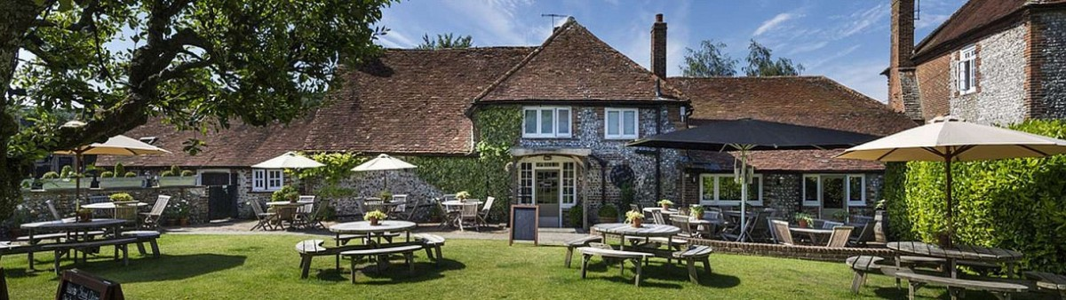 Good food and fabulous views at The Fox Goes Free near Chichester, West Sussex